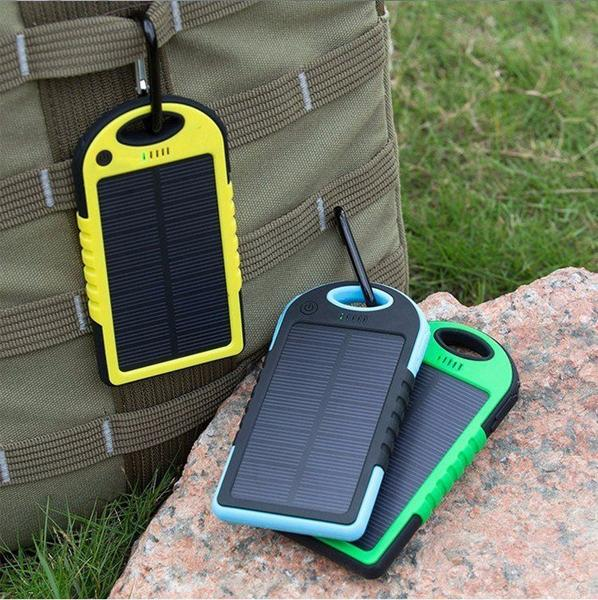 best solar power bank 2018 reviews of solar power banks. Black Bedroom Furniture Sets. Home Design Ideas
