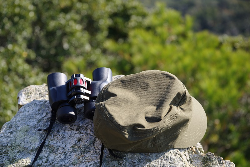 best binoculars under £200 uk